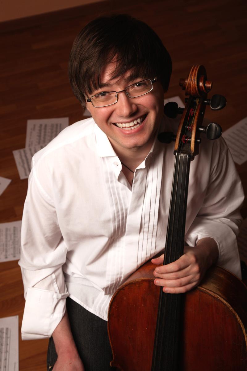 Сергей СУВОРОВ (виолончель)